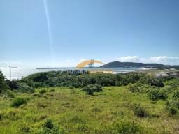 Terreno de 830 m² com vista permanente para o mar em Imbituba-SC