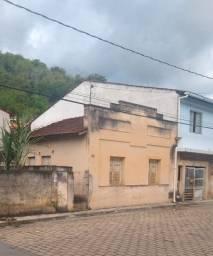 OPORTUNIDADE - Casa de Alvenaria no Centro de Itaguaçu