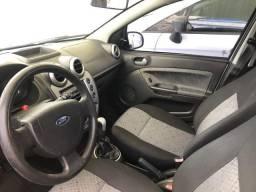 Vendo Ford Fiesta Hatch 1.6 Flex