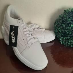 Tênis Vans Old Skool Branco/Branco