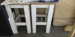 2 Banquinhos de madeira branco (Preços Black Friday, para só esse fds)