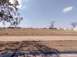 Título do anúncio: Excelente Terreno à venda com 275m² de área no bairro Parque das Árvores II, na cidade de