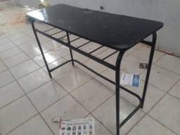 Título do anúncio: Mesa pra estudo usada