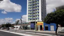 Apartamento 2/4 com closet no Chanteau Duvallier, água e gás incluso no condomínio.