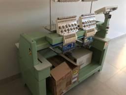 Máquina de bordar com 12 agulhas