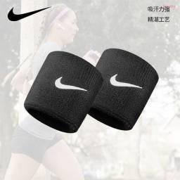 Título do anúncio: Munhequeira Nike Esportes