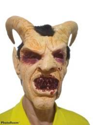 Mascara Para Cosplay / Halloween / Teatro - Diabo Com Chifres - Nova, sem qualquer uso!
