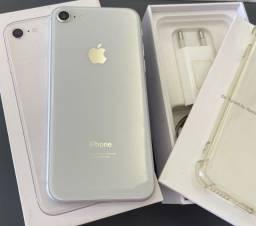 Título do anúncio: Iphone 8 Silver 64gb Silver/ aceito troca em 7 ou superior + volta.