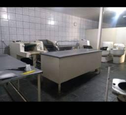 Vendo Fábrica de pão completa
