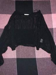 Blusa de renda preta NOVA