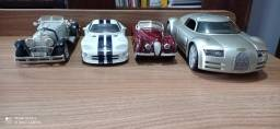 Vendo a coleção de 4 carrinhos