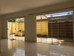 Título do anúncio: Vendo/alugo casa grande Ribeirão