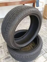 Pneus Bridgestone 225 45 R19 par usado