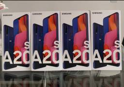 Loja física. Samsung A20s Tela infinita novos lacrados garantia Samsung NF!