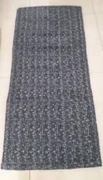 Colchonete fofinho de tecido para atividades físicas ou berço