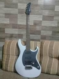 Guitarra cort cg260 e ampli line6 spider IV