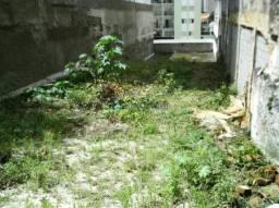 Terreno livre com aproximadamente 400m². fácil acesso à av. jabaquara.