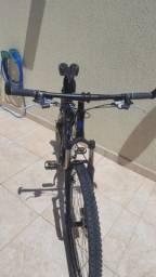 Bicicleta Montain bike Hugh One importado aro 29 semi nova
