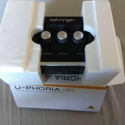 Interface u-phoria um2 behringer