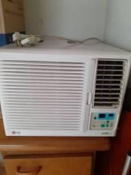 Ar condicionado LG de Gaveta com controle