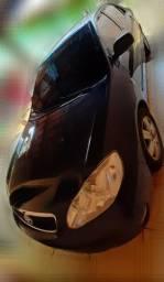 Vende-se e aceita carro de menor valor até 15mil