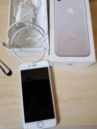 Vende-se Iphone 7 32GB Prateado