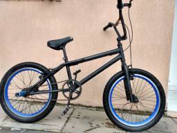 Bicicleta infantil BMX