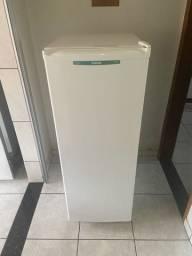 Freezer vertical cônsul