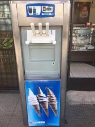 Máquina italianinha de sorvete