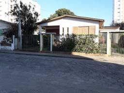Casa localizada no centro de Criciúma