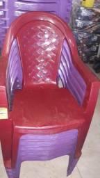 Cadeiras de plástico inova