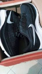 Promoção! Tênis Nike novo na caixa tamanho  42 original