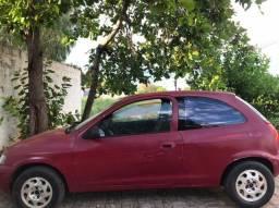 Carro - Celta Vermelho - R$ 9.000,00