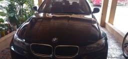 BMW 320i 2011 baixa kilometragem