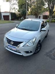 Nissan Versa SL 1.6 CVT 2017