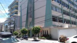 Título do anúncio: Apartamento á 100 Metros da Praia de Forte e Centro Localização Privilegiada