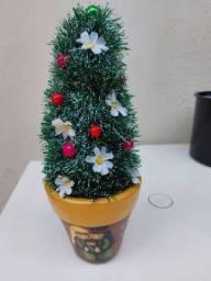 Título do anúncio: Linda árvore de Natal com Vaso!