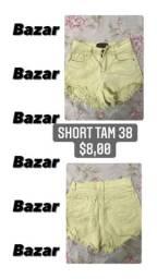 Shorts jeans usados no precinho de bazar