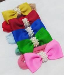 Faixinha tiara e laço no bico de pato