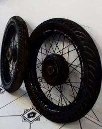 Rodas de titan 150 com pneus