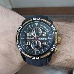 Relógio Megir Cronógrafo Funcional- Preto e Dourado Pulseira Silicone