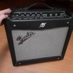 Amplificador guitarra (mustang 1 v2-fender)