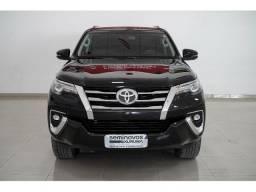 Título do anúncio: Toyota Hilux Sw4 2.8 SRX 4X4 7 LUGARES 16V TURBO INTERCOOLER DIESEL 4P AUTOMATICO