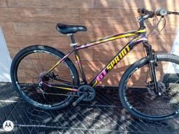 Bicicleta aro 29 em alumínio semi nova