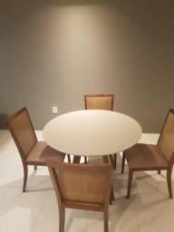 Título do anúncio: Conjunto com mesa de jantar redonda e 4 cadeiras