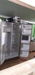 Refrigerador/ geladeira parou de gelar aceito propostas e parcelo no cartão