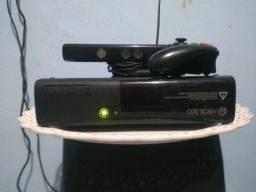 XBOX 360 , SUPER SLIM + CONTROLE + KINECT + GTA 5 ORIGINAL LEGENDADO