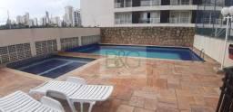 Apartamento com 2 dormitórios, sala ampliada e 2 vagas para alugar no Tatuapé