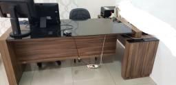 Mesa dupla com aparador p escritório