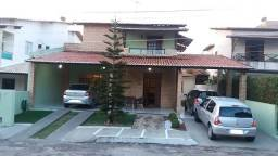 Casa Condomínio Jardim Europa - 3 suítes com closet´s - Av. Maria Lacerda Montenegro